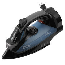 Sunbeam GreenSense SteamMaster Full Size Professional Iron with Retractable Cord and ClearView, Black  004275-200-000