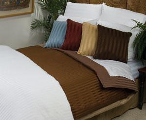 Golden Suite Reversible Hotel Bed Ensemble